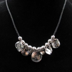 Jewelry - Vintage 19 Inch Cute Yellowstone Charm Necklace